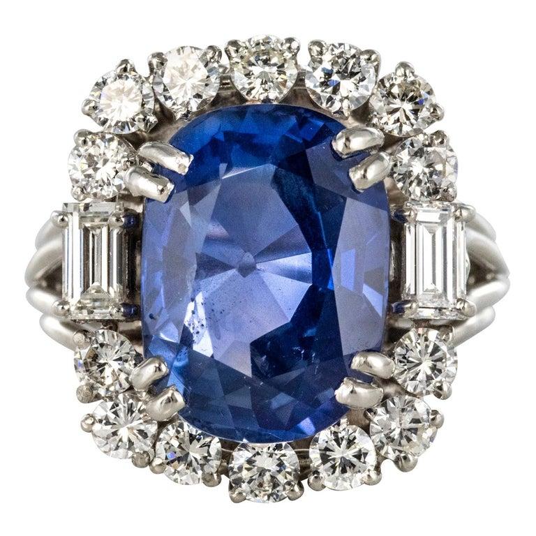 French 1950s No Heat Ceylon Cushion Cut Sapphire Diamonds Platinum Cocktail Ring For Sale