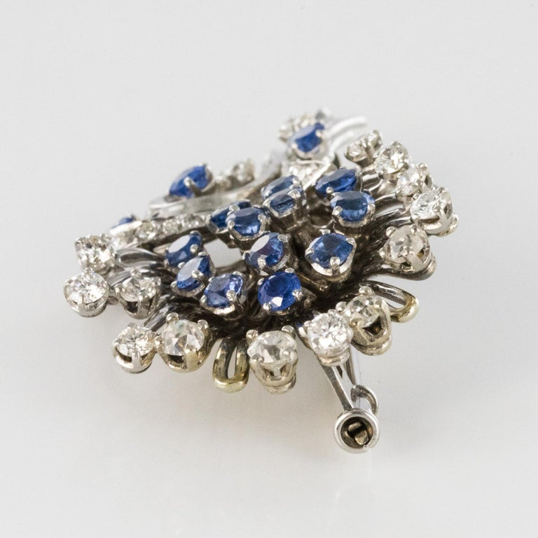 French 1950s Sapphire Diamond Platinum White Gold Bouquet Brooch For Sale 5