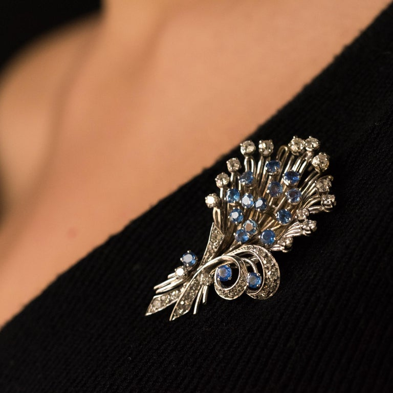 French 1950s Sapphire Diamond Platinum White Gold Bouquet Brooch For Sale 1