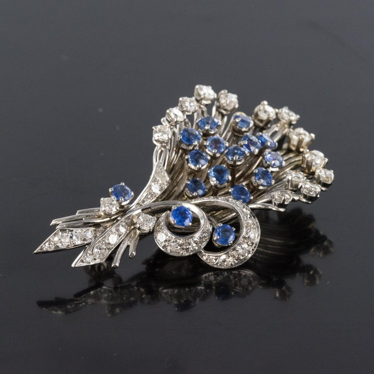 French 1950s Sapphire Diamond Platinum White Gold Bouquet Brooch For Sale 2