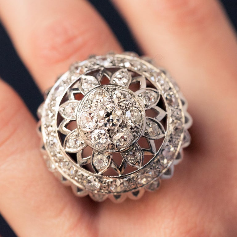 French 1960s 4.20 Carat Diamonds 18 Karat White Gold Cocktail Ring For Sale 6