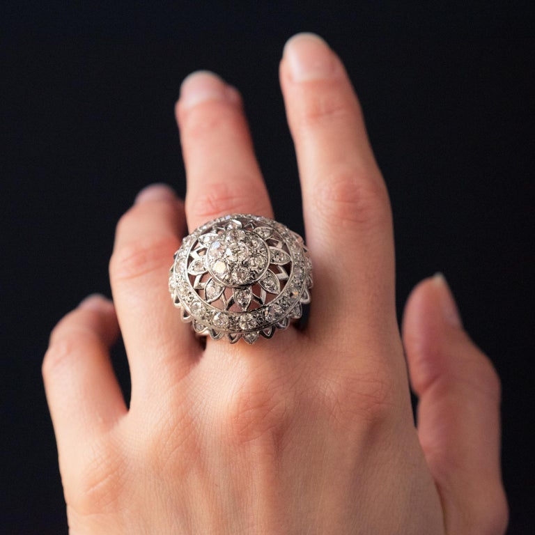 French 1960s 4.20 Carat Diamonds 18 Karat White Gold Cocktail Ring For Sale 10