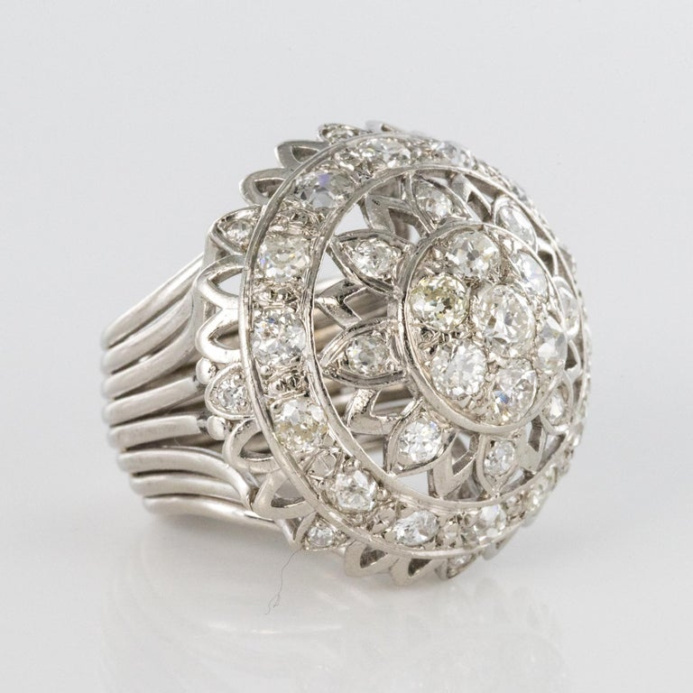 French 1960s 4.20 Carat Diamonds 18 Karat White Gold Cocktail Ring For Sale 11
