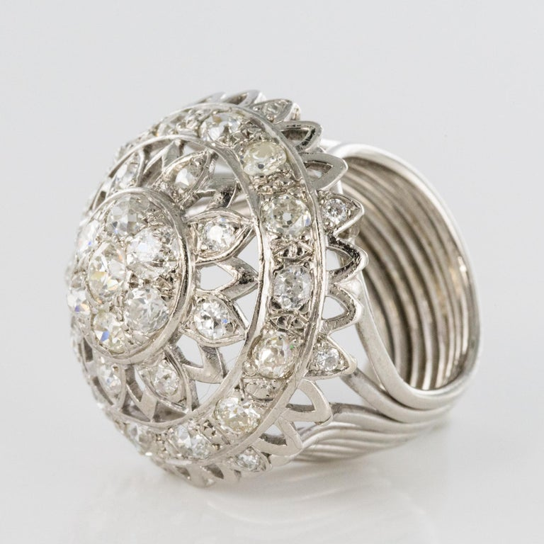 French 1960s 4.20 Carat Diamonds 18 Karat White Gold Cocktail Ring For Sale 12