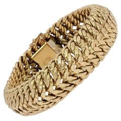 French 1960s American Curb 18 Karat Yellow Gold Bracelet