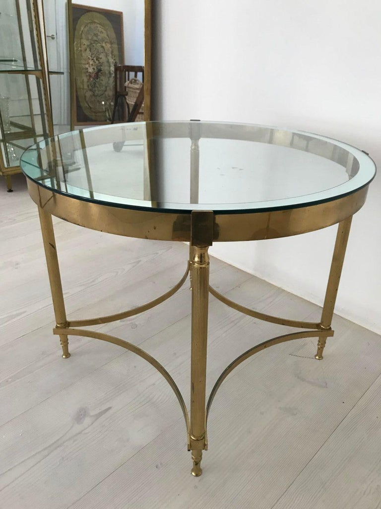 French 1960s Glass and Brass Round Coffee /Lamp Table For Sale 1