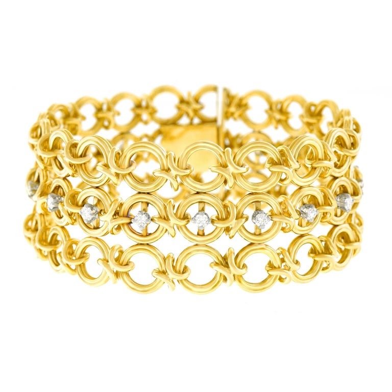 French 1960s Gold Bracelet In Excellent Condition For Sale In Litchfield, CT