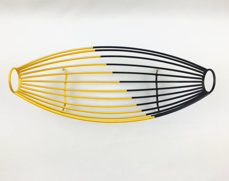 Mid-20th Century French 1960s Modernist Black and Yellow Metal and Brass Bowl Basket Centerpiece For Sale