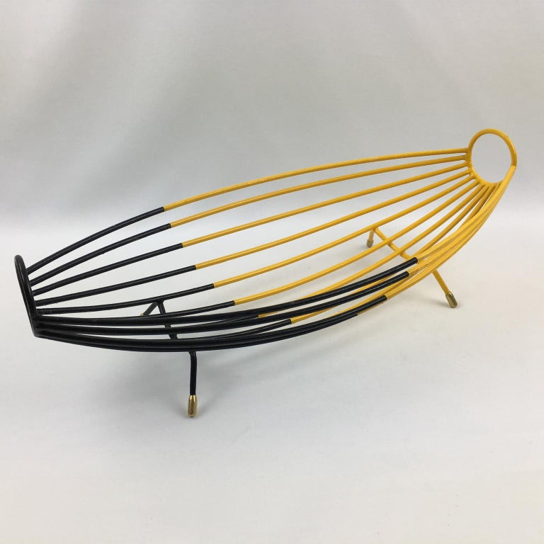 French 1960s Modernist Black and Yellow Metal and Brass Bowl Basket Centerpiece For Sale 2