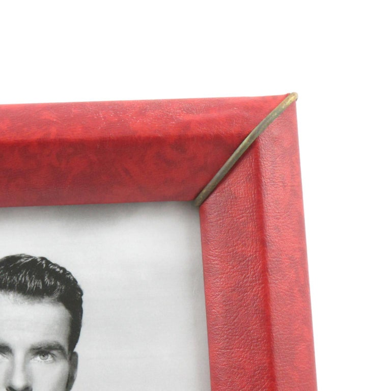 French 1960s Red Vinyl Leather Picture Photo Frame with Brass Accents For Sale 2