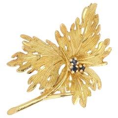 French 1960s Sapphire 18 Karat Yellow Gold Leaf Brooch