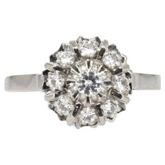 French 1960s White Sapphire 18 Karat White Gold Retro Daisy Ring