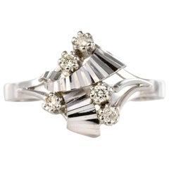 French 1970s Diamonds 18 Karat White Gold Ring