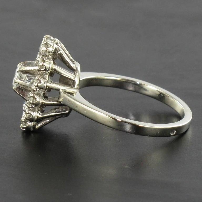 French 1970s Retro Diamond 18 Karat White Gold Marquise Ring  For Sale 3