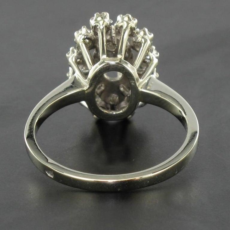 French 1970s Retro Diamond 18 Karat White Gold Marquise Ring  For Sale 4
