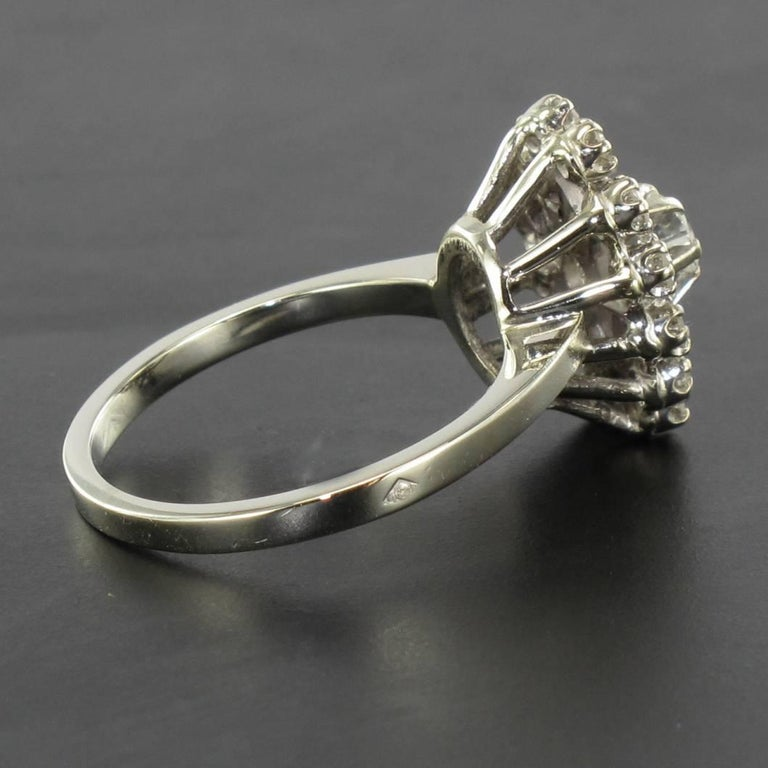 French 1970s Retro Diamond 18 Karat White Gold Marquise Ring  For Sale 5