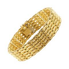 French 1980s 18 Karat Yellow Gold Bracelet