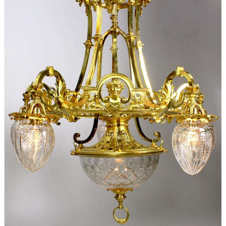Etched French 19th-20th Century Belle Époque Gilt-Bronze & Cut-Glass 6-Light Chandelier For Sale