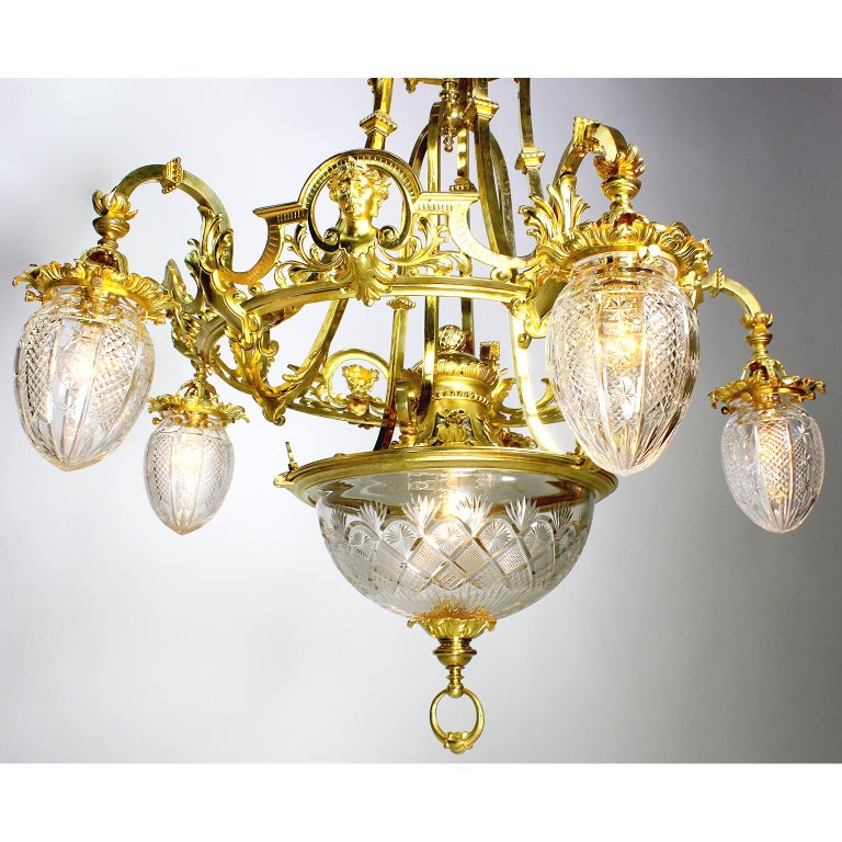 French 19th-20th Century Belle Époque Gilt-Bronze & Cut-Glass 6-Light Chandelier In Good Condition For Sale In Los Angeles, CA