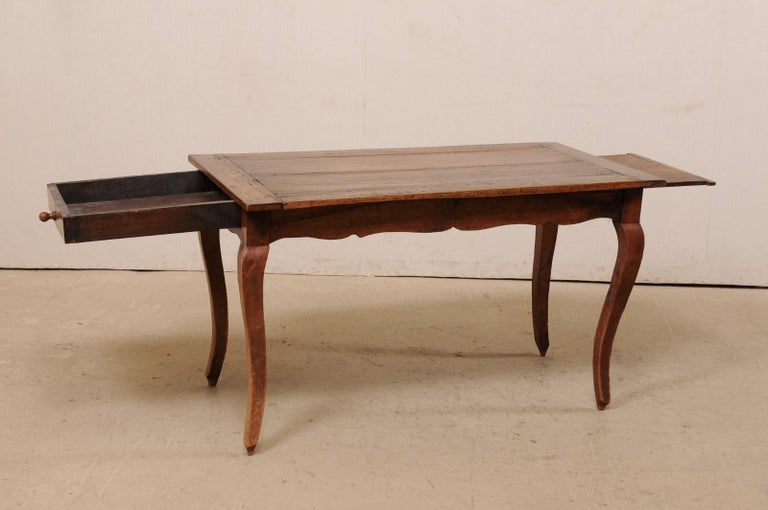 French 19th C. Table w/Scalloped Apron & Single Drawer For Sale 3