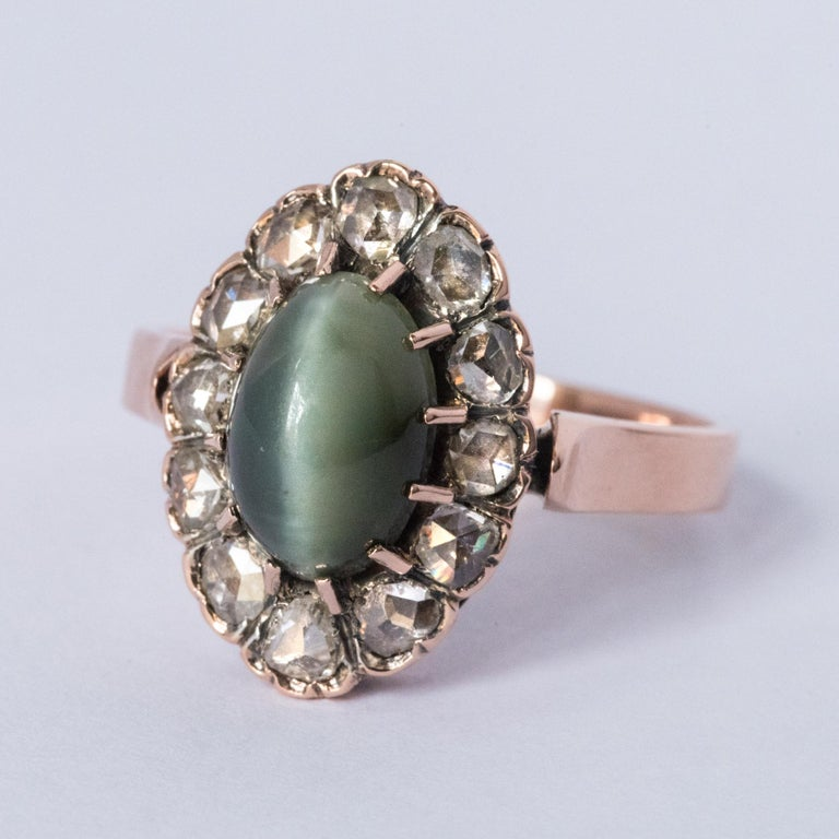 French 19th Century 18 Karat Rose Gold Chrysoberyl Cat's Eye Cluster Ring For Sale 8