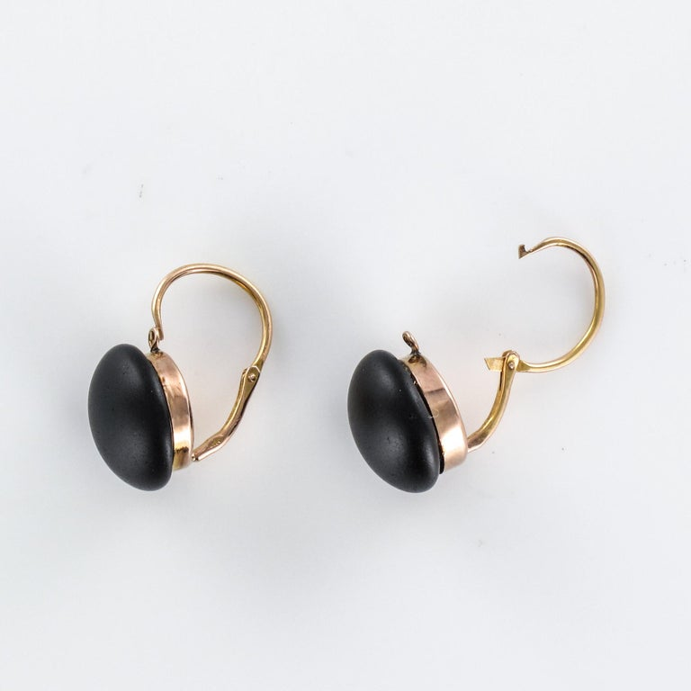 French 19th Century 18 Karat Rose Gold Jet Drop Earrings For Sale 4