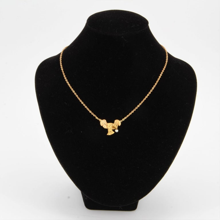 Napoleon III French 19th Century 18 Karat Yellow Gold Eagle Natural Pearl Chain Necklace For Sale