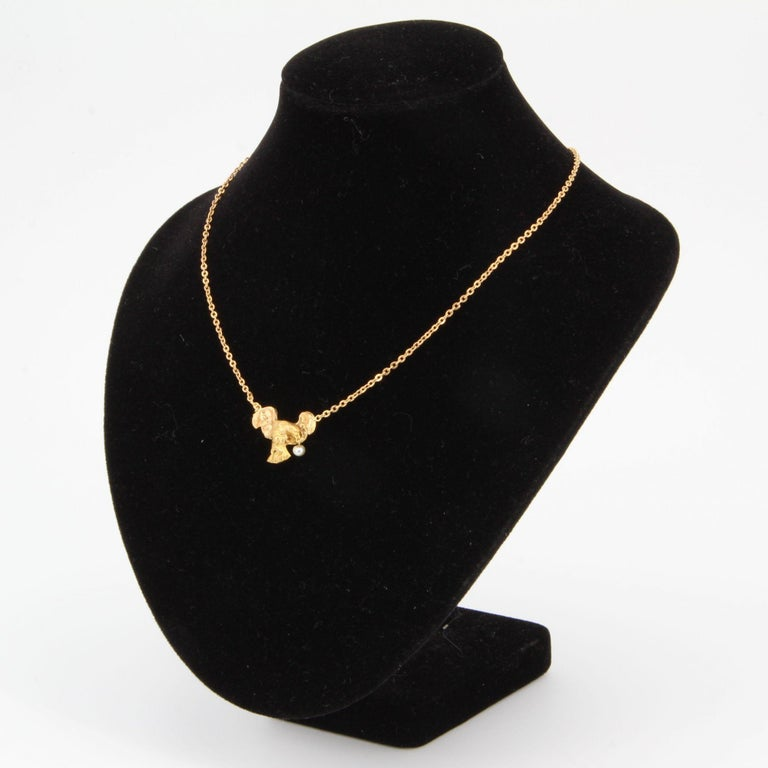 Bead French 19th Century 18 Karat Yellow Gold Eagle Natural Pearl Chain Necklace For Sale