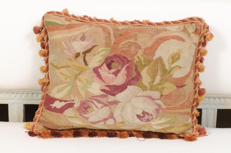 French 19th Century Aubusson Tapestry Pillow with Bouquet of Roses and Cording In Good Condition For Sale In Atlanta, GA