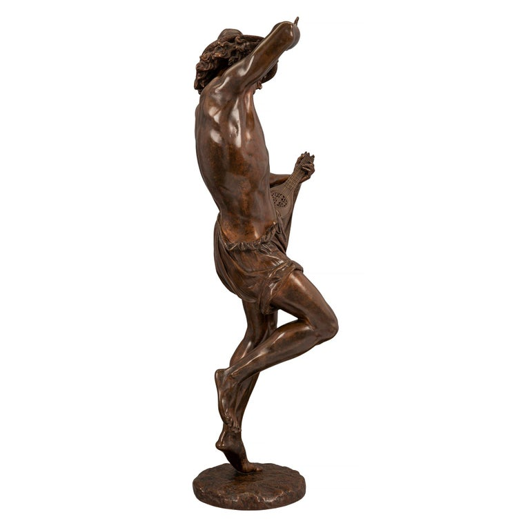 French 19th Century Belle Époque Period Patinated Bronze Statue In Good Condition For Sale In West Palm Beach, FL