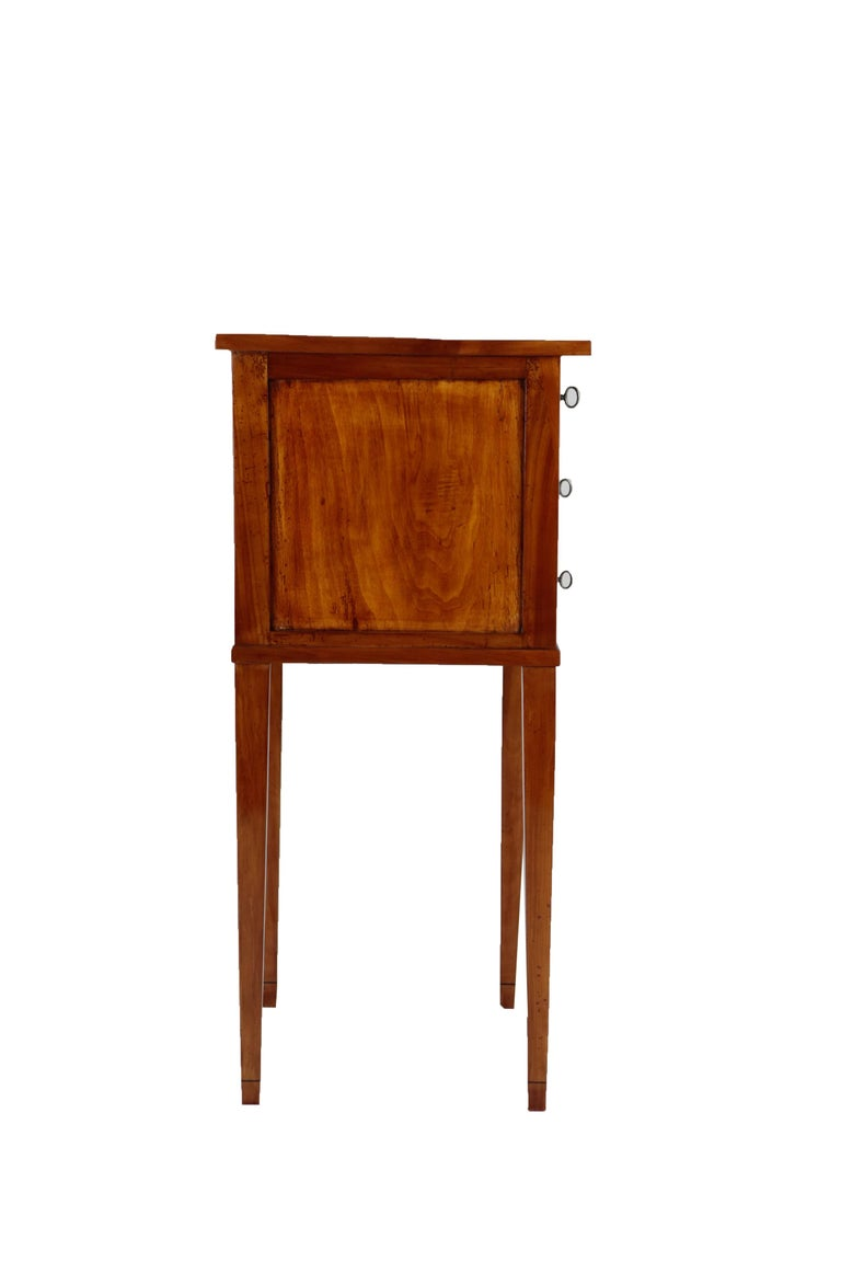 French 19th Century Biedermeier Period Side Table, Solid Cherrywood, 3 Drawers In Good Condition For Sale In Muenster, NRW