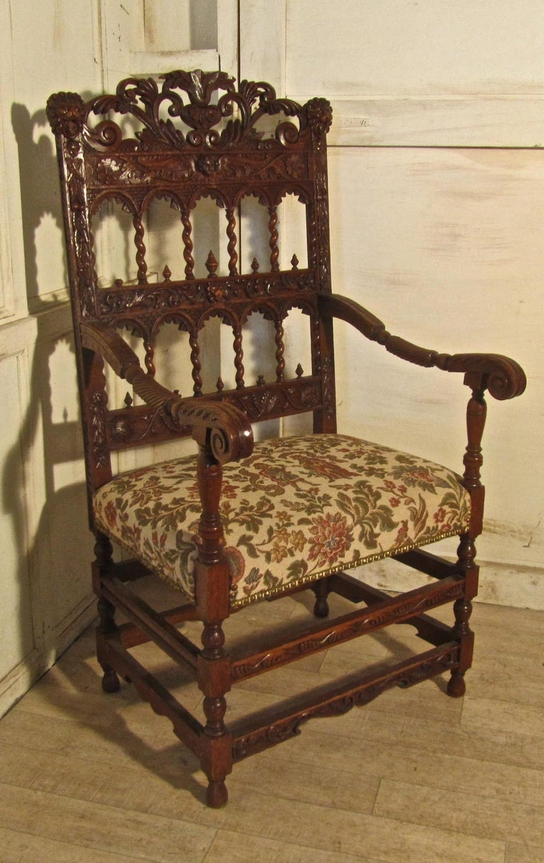 French 19th Century Carved Oak Armchair, Throne or Hall Chair For Sale 2