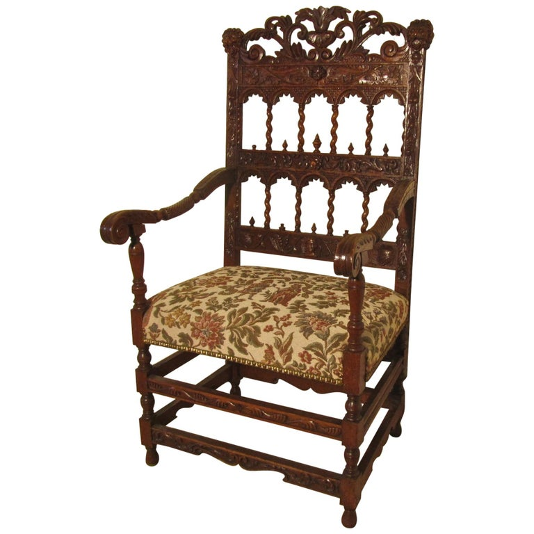 French 19th Century Carved Oak Armchair, Throne or Hall Chair For Sale
