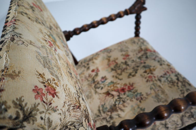 French 19th Century Carved Oak Armchair with Original Fabric, 1870 In Good Condition In Almelo, NL