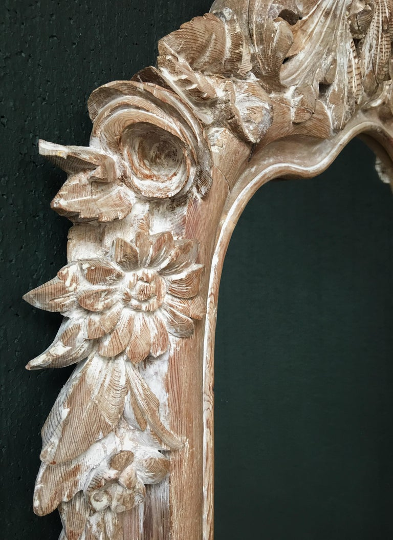 French 19th Century Carved Wood Mirror For Sale 1