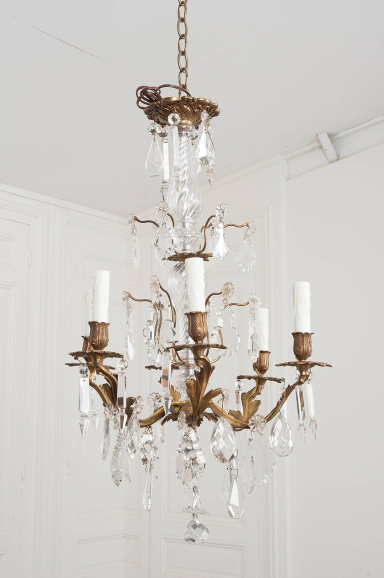 French 19th Century Crystal and Brass Louis XV Style Chandelier For Sale 7