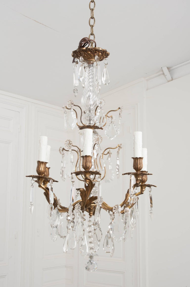 French 19th Century Crystal and Brass Louis XV Style Chandelier For Sale 8