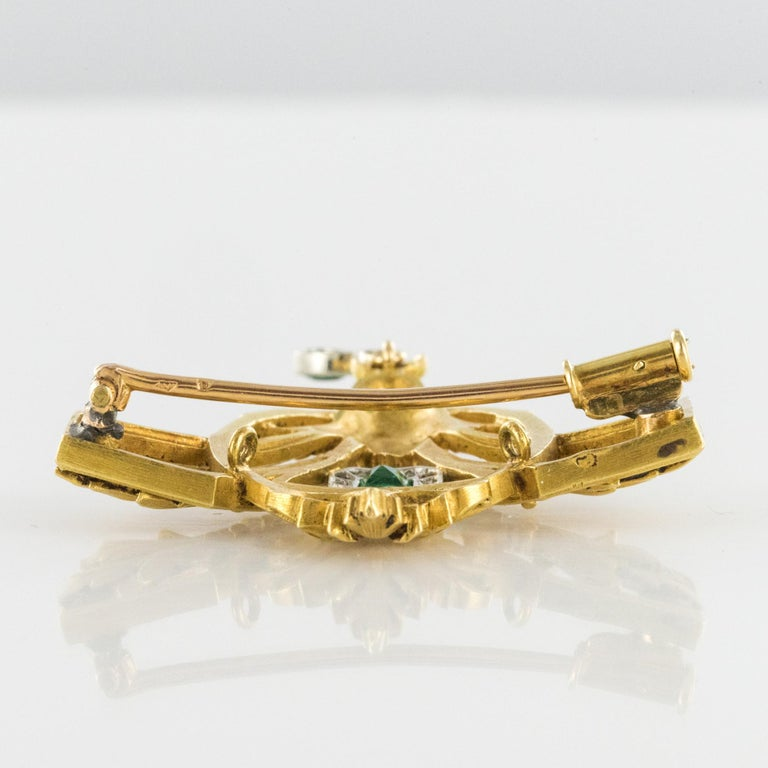 French 19th Century Emerald Diamond 18 Karat Yellow Gold Pendant Brooch For Sale 10