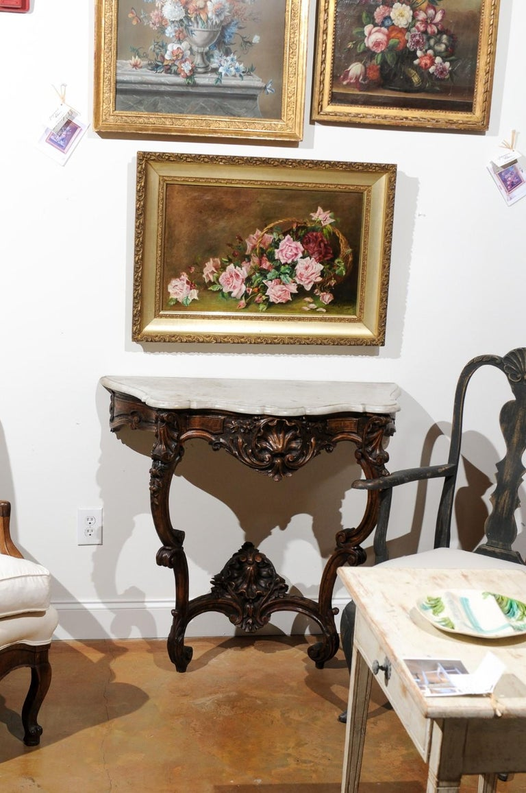 French 19th Century Framed Floral Oil on Canvas Painting Depicting Roses In Good Condition For Sale In Atlanta, GA
