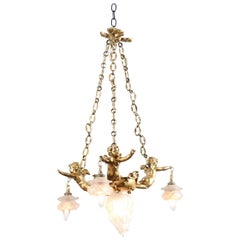 French 19th Century Gilt Metal Chandelier with Three Cherubs Holding the Lights