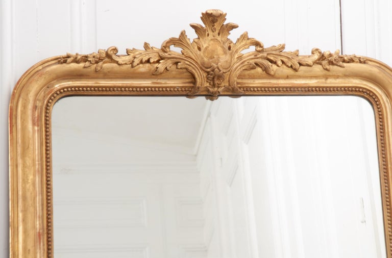 French 19th Century Gold Gilt Louis Philippe Mirror with Crest In Good Condition For Sale In Baton Rouge, LA