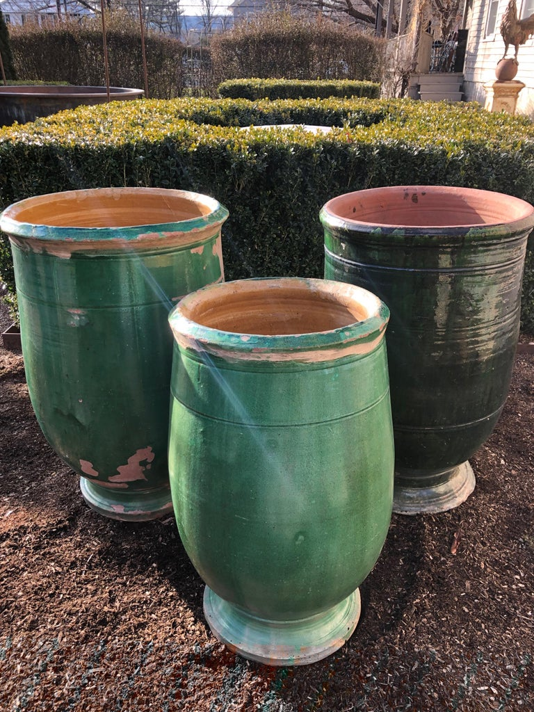 French 19th Century Green-Glazed Terracotta Pot from Apt For Sale 6