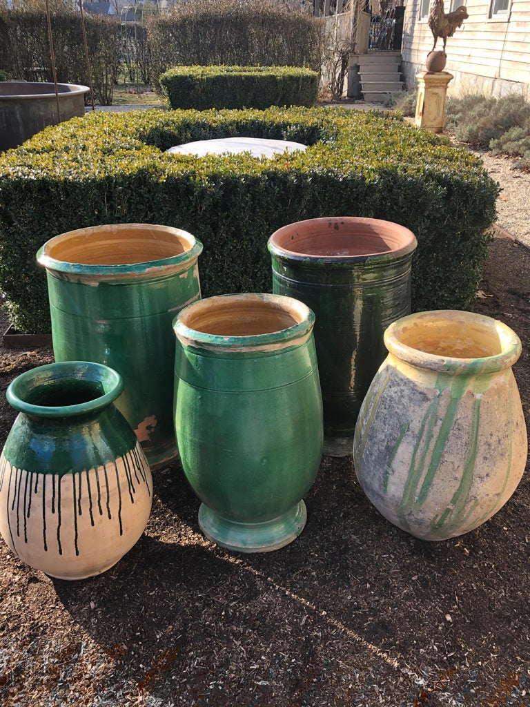 French 19th Century Green-Glazed Terracotta Pot from Apt For Sale 7