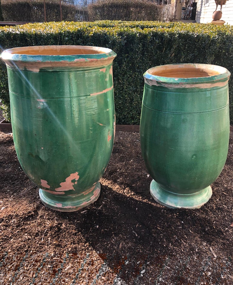 French 19th Century Green-Glazed Terracotta Pot from Apt For Sale 5