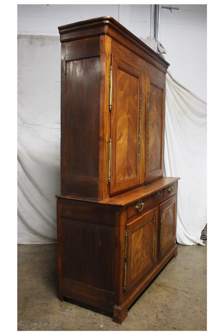French 19th Century Louis-Philippe Buffet 2Corps For Sale 1