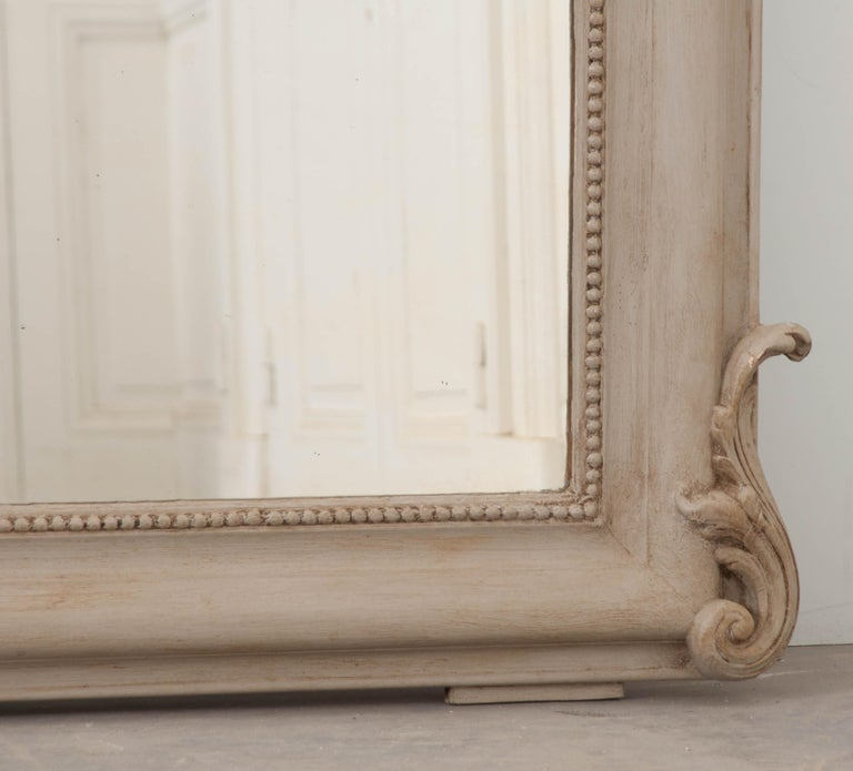 French 19th Century Louis Philippe Mirror In Good Condition For Sale In Baton Rouge, LA