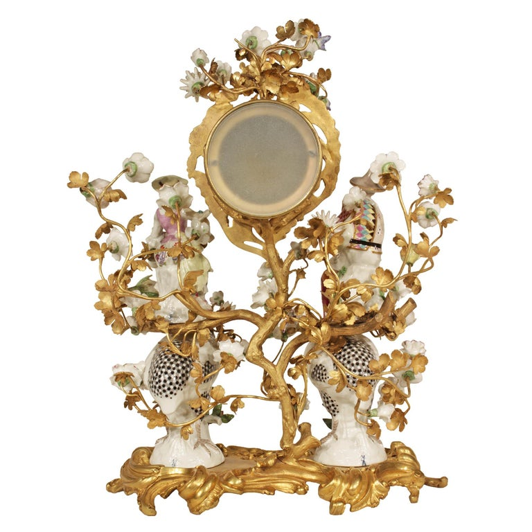 French 19th Century Louis XV Style Porcelain and Ormolu Clock For Sale 1