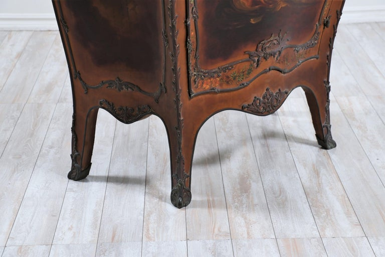 French 19th Century Louis XV-Style Bombay Chest For Sale 6