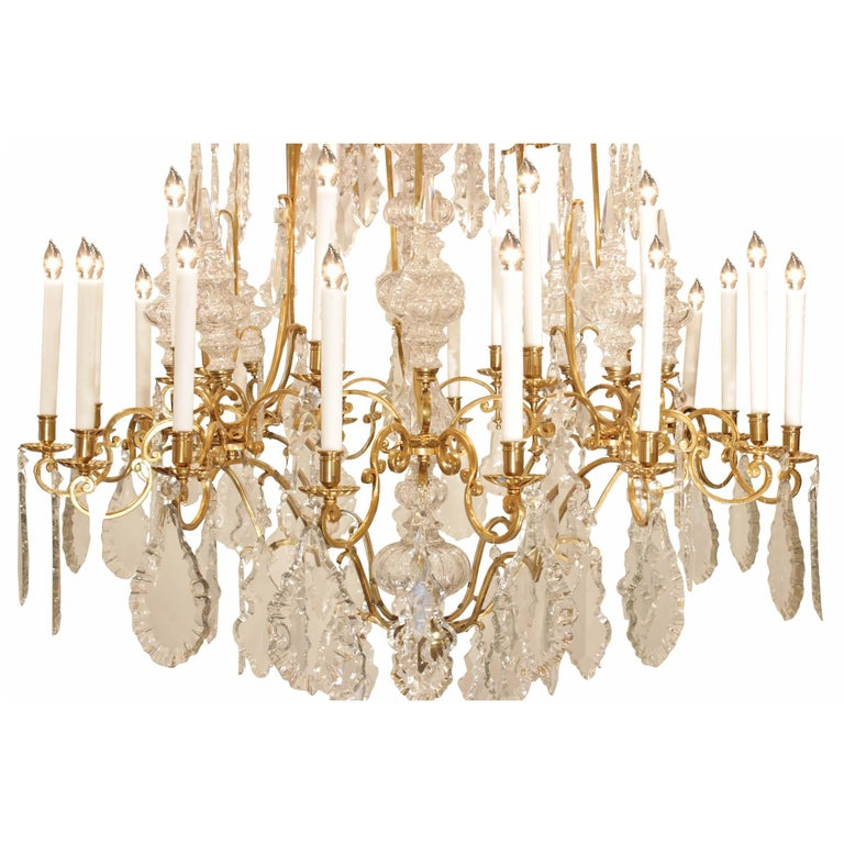 French 19th Century Louis XV Style Ormolu and Baccarat Crystal Chandelier In Good Condition For Sale In West Palm Beach, FL
