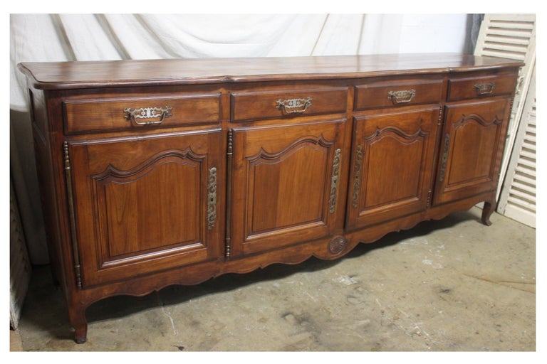 French 19th Century Louis XV Style Sideboard For Sale 3